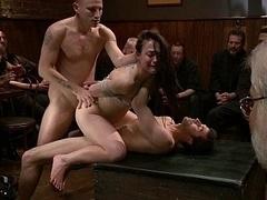 Анальный секс, Садо мазо, Брюнетки, Групповуха, Группа, Секс без цензуры, Оргии, На публике