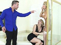 Américain, Salle de bains, Chambre à dormir, 2 femmes 1 homme, Groupe, Lingerie, Jarretelles, Plan cul à trois