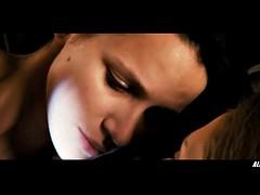 Mischa Barton and Shantel VanSanten in You and I