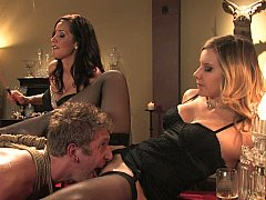 Nana, Blonde, Brunette brune, Domination, 2 femmes 1 homme, Groupe, Maîtresse, Jarretelles