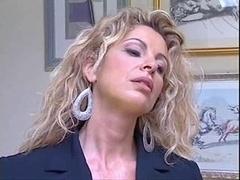 Italienne, Mère que j'aimerais baiser, Maman