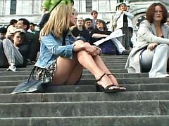 Upskirts in Paris