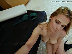Amateur Has Amazing Dick Riding Skills For A Lesbian