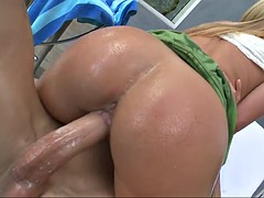 austin taylor impales her fat pussy on his shlong for a ride