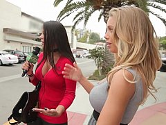 Money Talks with Nicole Aniston in Dong Mask