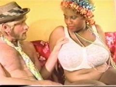 yol&a & the bra salesman