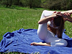 Yoga with Alexis Crystal - Free - XCZECH.com (2016)