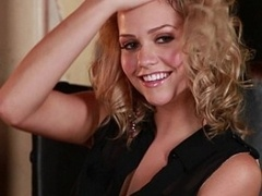 Porn pro Mia Malkova posing