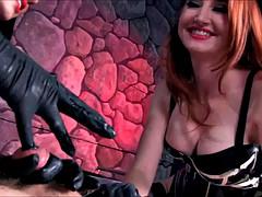 Bondage domination sadisme masochisme, Femme dominatrice, Doigter