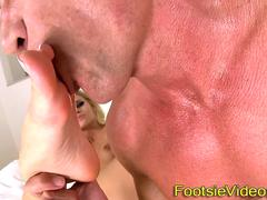 Blonde gets foot worship