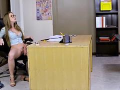 Grosse titten, Blondine, Spermaladung, Lecken, Reiten, Student, Lehrer, Titten