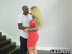 Mature big ass Ryan Conner auditions and fucked by Lexington
