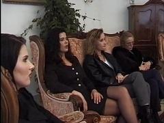 Bouteille, Lesbienne, Fête
