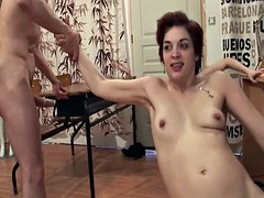Tight skinny girl helping due fuck loose wife with her fist