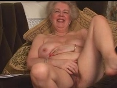 Yummy Bushy Aged Granny Fingering Introduction