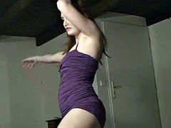 Sexy wannabe does sensual striptese