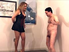 Mistress Kristyna Dark destroys the balls of Andrea Dipre