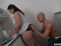 Sex with big booty plumper on the kitchen