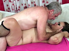 Sexy chubby girl gets fucked and cum in mouth