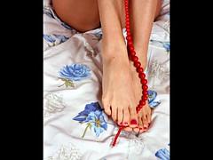 Slideshow 'Lick my feet'