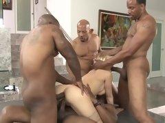 Kagney Linn Karter offers her body to four black guys