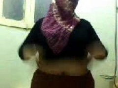 Big beautiful women fat arabian on live camera
