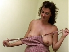 Mom i`d like to fuck knows how to suck dick