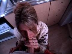 Sperma shot, Sperma in gezicht, Keuken, Moeder