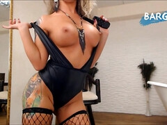 AmyRides - blonde solo latex