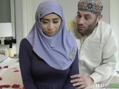 Breasty Violet Myers Hijab Fetish Porn Video