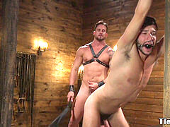 Muscle bondage & discipline dom confines and whips guy