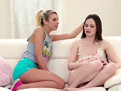 Vagina licking instead of pay the rent - Jenna J Ross and Carmen Caliente